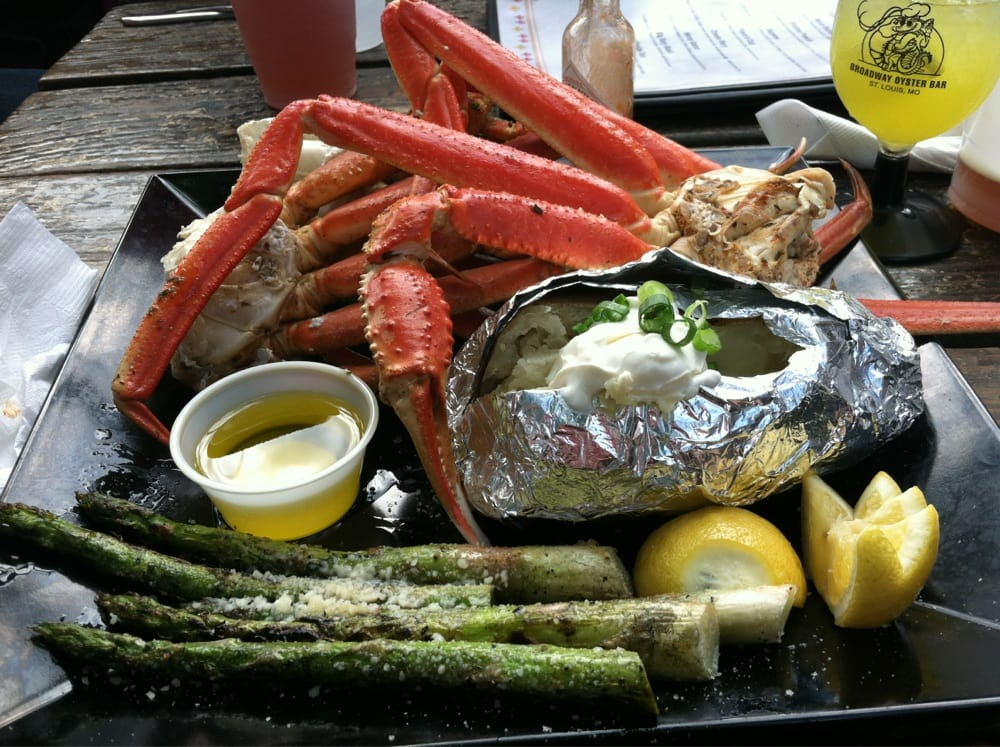 Broadway Oyster Bar not only has delicious seafood, but has live entertainment 7 days a week! Photo courtesy Yelp.